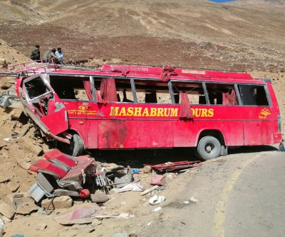 Bus rams into mountain in Pakistan, killing dozens