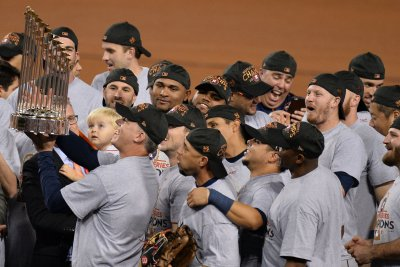 Fired manager Hinch: 'Fair' to ask if Astros' World Series title tainted
