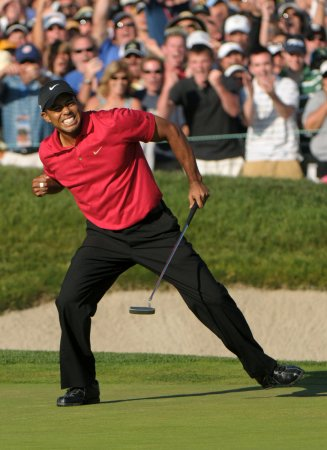 Woods, Mediate playoff set at U.S. Open
