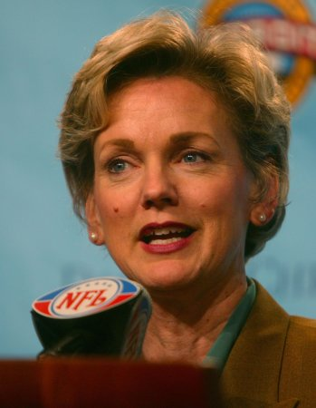 Granholm seeks high court ruling on mayor