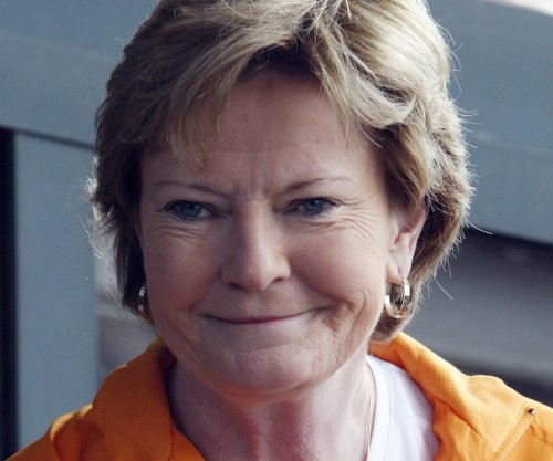 Retired Tennessee coach Pat Summitt's condition worsens