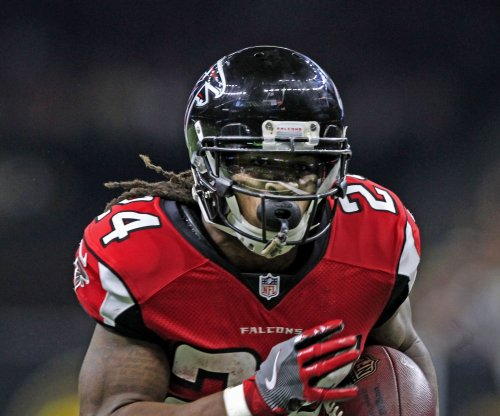 Atlanta Falcons handle Arizona Cardinals 38-19