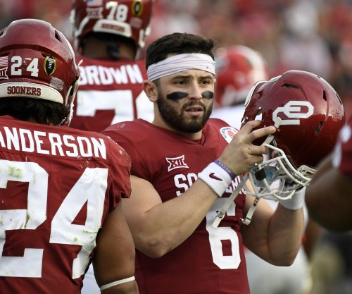 2018 NFL Draft: Mayfield recreates Favre draft-day photo