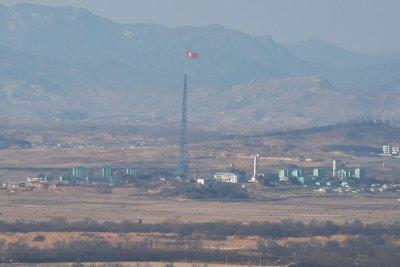 North Korea calls Seoul's New Deal 'irritating'