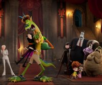 Dracula, Jonathan mutate in 'Hotel Transylvania: Transformania' trailer