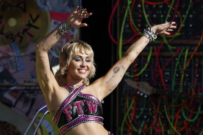 Miley Cyrus, Foo Fighters, Post Malone to headline Lollapalooza