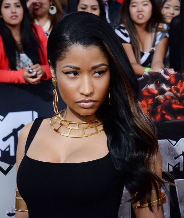 Nicki Minaj stuns fans with natural look at 2014 MTV Movie Awards
