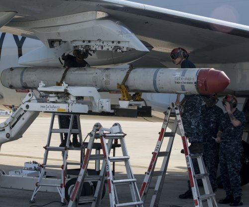 Boeing receives contract modification for Standoff Land Attack Missiles