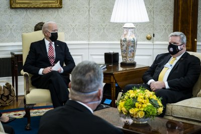 Biden talks COVID-19 relief, infrastructure together with labor leaders thumbnail