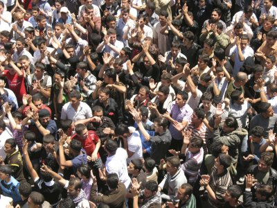 Protesters hold large rallies in Syria