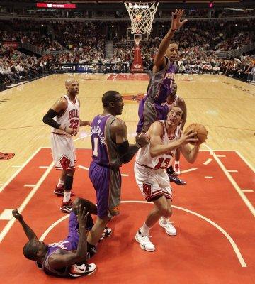 NBA: Phoenix 111, Chicago 105