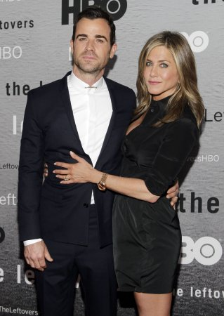 Jennifer Aniston gushes about fiancé Justin Theroux