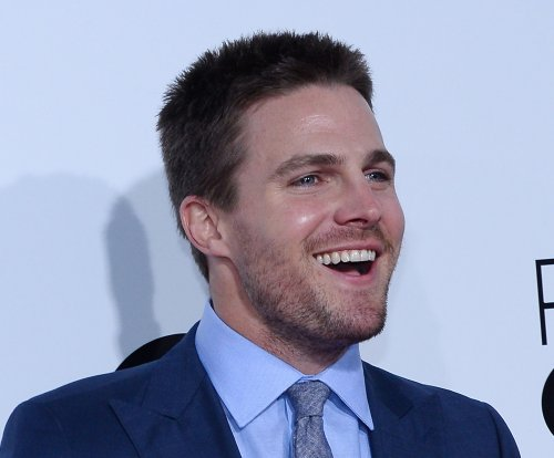 'Arrow' actor leaves social media after Ahmed Mohamed comments