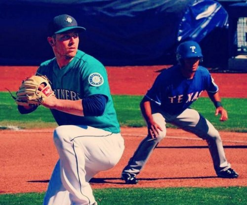 Seattle Mariners' Adrian Sampson removed before first pitch versus Detroit Tigers