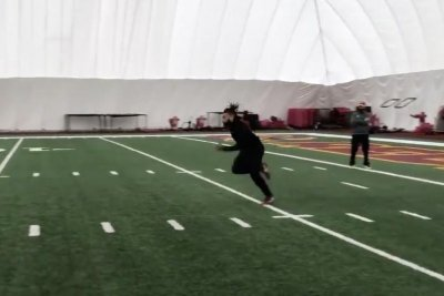 Redskins RB Derrius Guice shows off speed after ACL surgeries