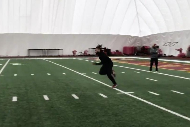 fca86f457ec Watch  Redskins RB Derrius Guice shows off speed after ACL surgeries -  UPI.com