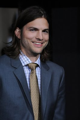Ashton Kutcher talks daughter Wyatt Isabelle