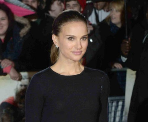Natalie Portman to play Ruth Bader Ginsburg in biopic