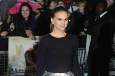 Natalie Portman to play Ruth Bader Ginsburg in biopic