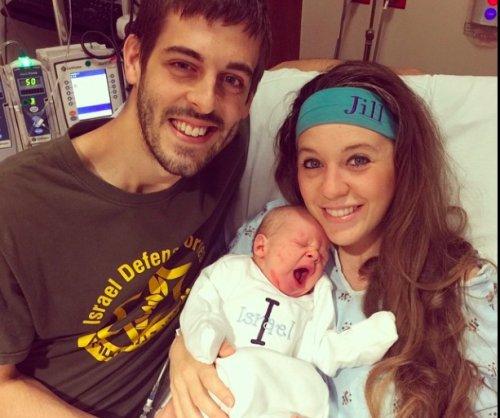 '19 Kids and Counting' alum Jill Duggar Dillard is now a certified midwife