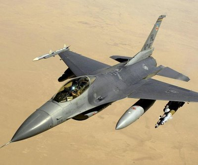 Oman asks U.S. for F-16 support service