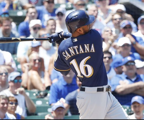 MLB: Domingo Santana's single helps Milwaukee Brewers stave off Philadelphia Phillies