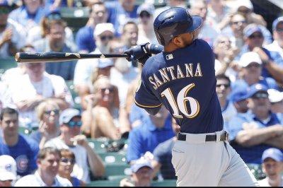 MLB: Domingo Santana's single helps Milwaukee Brewers stave off Philadelphia Phillies