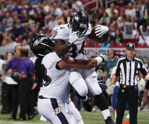 Baltimore Ravens sign RB Bobby Rainey, announce Kenneth Dixon out for season