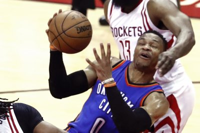 Thunder's Westbrook questionable to open season vs. Clippers