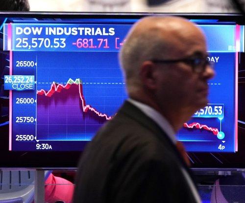 Stock market plummets after Chinese tariffs tit-for-tat