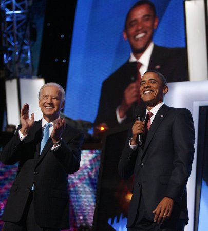 Obama surprises Biden, DNC audience