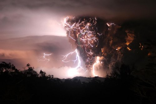 Life may stem from volcanic eruptions