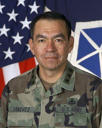 Ex-Iraq commander to seek U.S. Senate seat