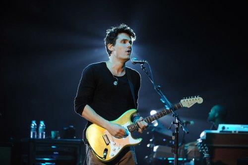 Ailing John Mayer cancels concerts