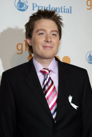 Clay Aiken reportedly running for congress in North Carolina