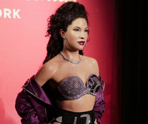 Selena wax figure unveiled at Madame Tussauds in New York