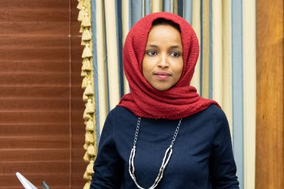Rep. Ilhan Omar introduces bill to stop school lunch shaming practices