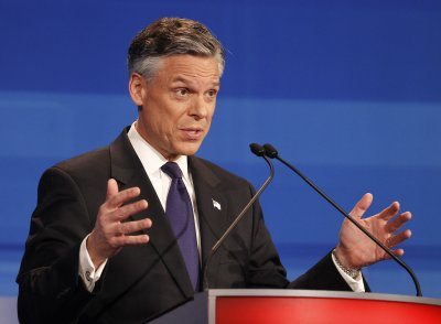 Boston Globe endorses Huntsman over Romney