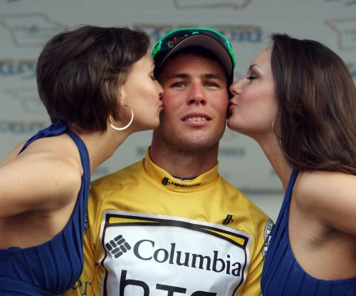 Tour de France: Mark Cavendish claims 28th career stage win