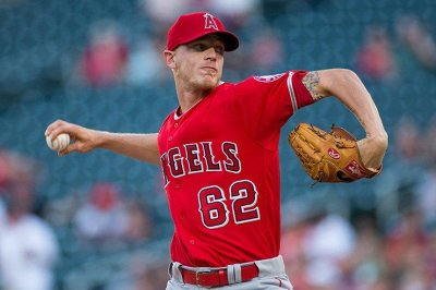 Parker Bridwell, six-run seventh inning lifts Los Angeles Angels past Seattle Mariners