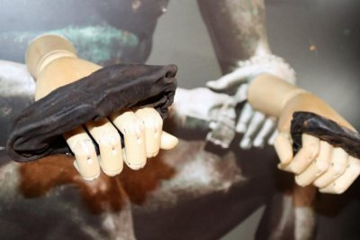 Ancient Roman boxing gloves found in Britain