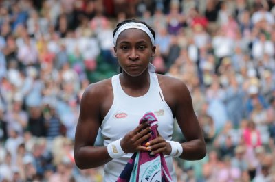 Cori Gauff, 15, makes historic Wimbledon debut