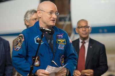 Astronaut Scott Kelly: Muscle soreness 'a lot higher than last time' after year in space