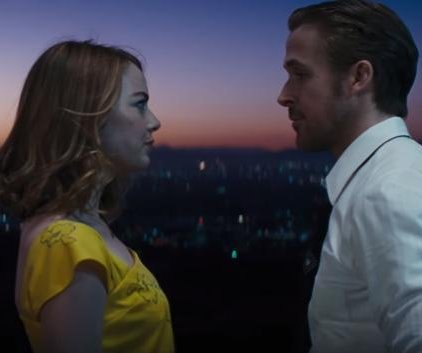 Emma Stone falls for Ryan Gosling in new 'La La Land' trailer