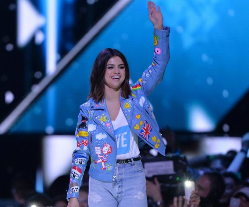 Selena Gomez's Instagram hacked, nude photos posted of Justin Bieber