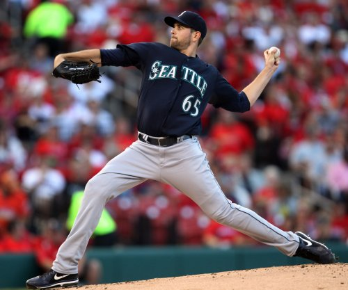 Mariners' Paxton follows no-hitter by facing Tigers
