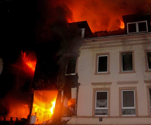 German apartment explosion injures at least 25
