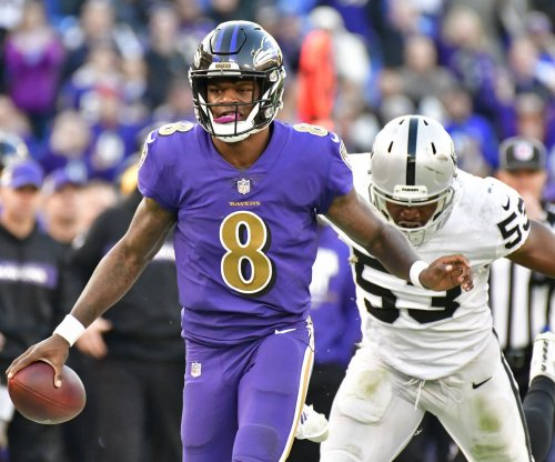 QB Lamar Jackson raises Ravens playoff chances
