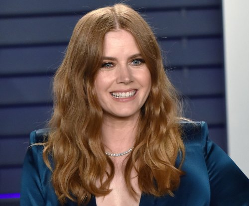 'The Woman in the Window': Amy Adams can't go outside in new trailer