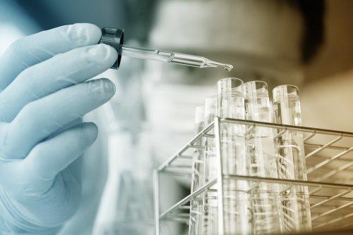 Remodeled antibiotic molecules used to battle drug-resistant bacteria
